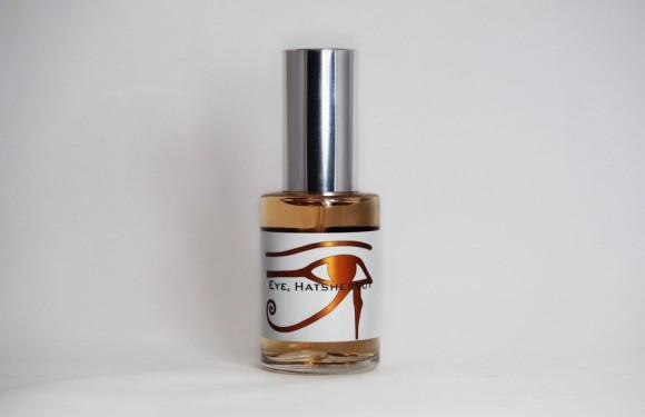 Eye, Hatshepsut Bottle